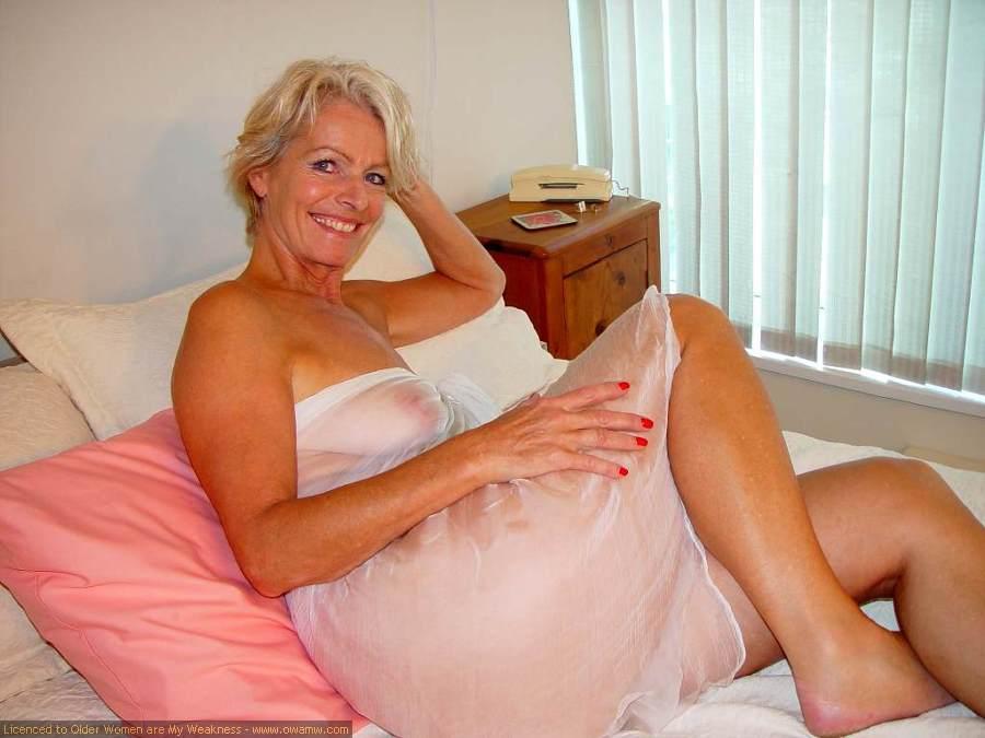 older women hookups